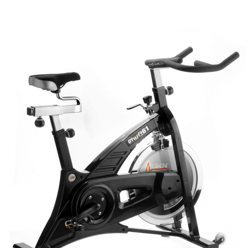 Dkn indoor cycling racer pro v lo d 39 appartement pro - Velo d appartement pro ...